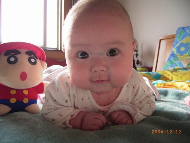 宝宝 壁纸 孩子 小孩 婴儿 650_488