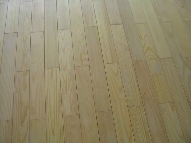 手绘教程最爱田园风格浅色实木地板利弊重蚁木注意