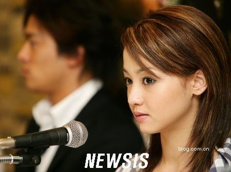 日韩明星图片贴 新添几张李俊基的