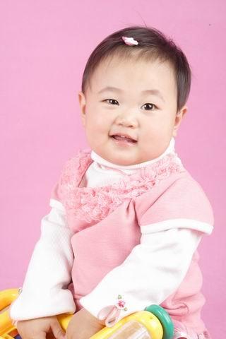 诺诺小宝的影楼照(百日,十个月,一周岁,第3页起1周岁)