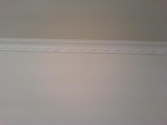 主卧的石膏线,选了最简单的波纹状的