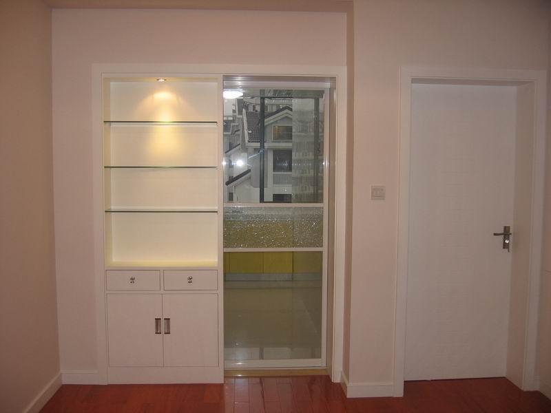 看看我家的酒柜和厨房移门吧