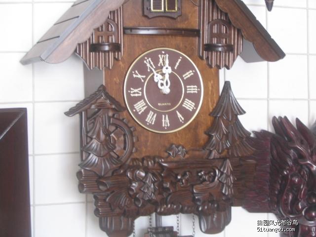 █北极星█乡村田园风光实木手工雕刻布谷鸟挂钟和弦铃声,又有新款