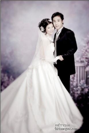 这张做了80寸海报和相册封面!难得的主婚纱全身照!