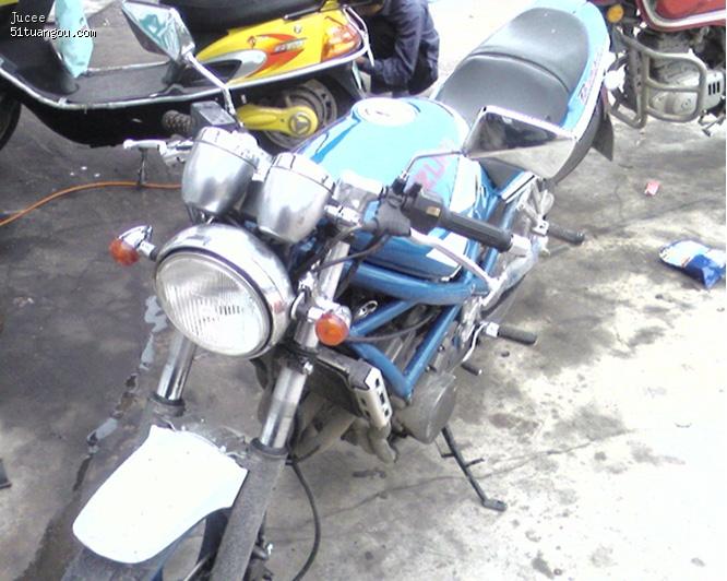 代卖 摩托车 价格 8500图片