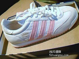 adidas经典三叶草女鞋