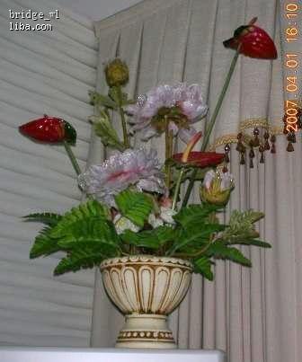9成新落地大花瓶,买就送两盆小花