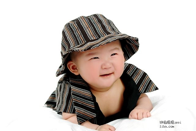 超级可爱宝6个月啦!