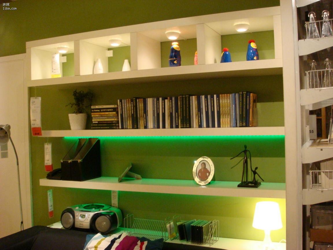 想做个订在墙上的书架
