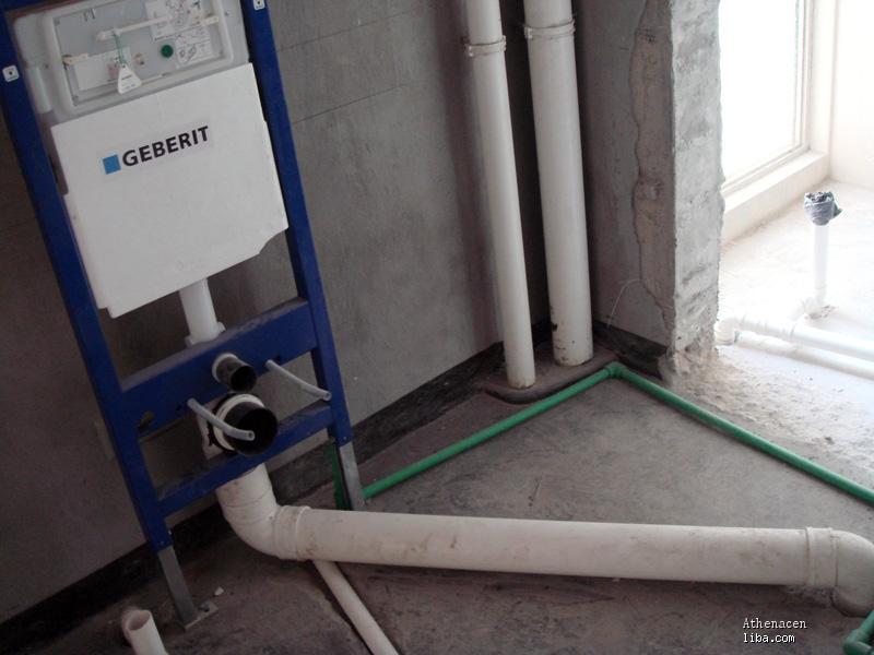 一楼马桶移位_马桶移位 方法 马桶移位最好的方法 挂墙 马桶 移位