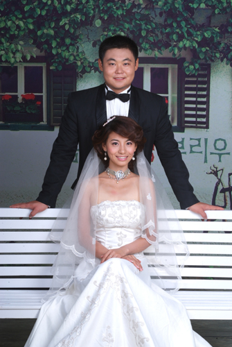 上海美女郑利生活照