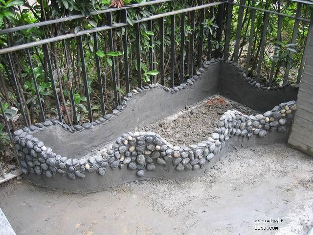 用砖砌线条花池效果异形图纸图片