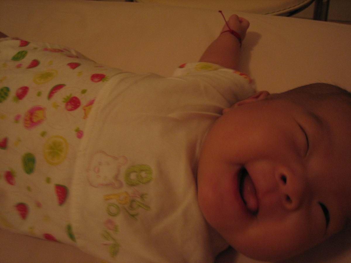 宝的可爱的笑容吧