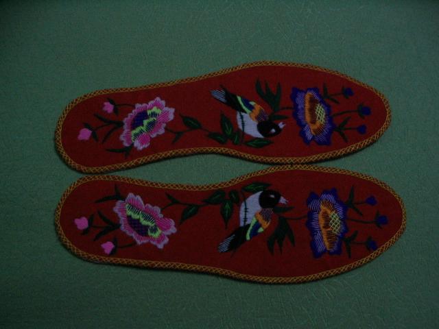 简单手工绣花鞋垫图案内容 简单手工绣花鞋垫图案图片