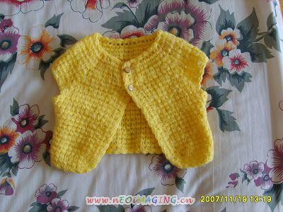 宝宝小时候手工编织的毛衣 裤子 鞋子,有好多全新的,现在都便宜甩了图片