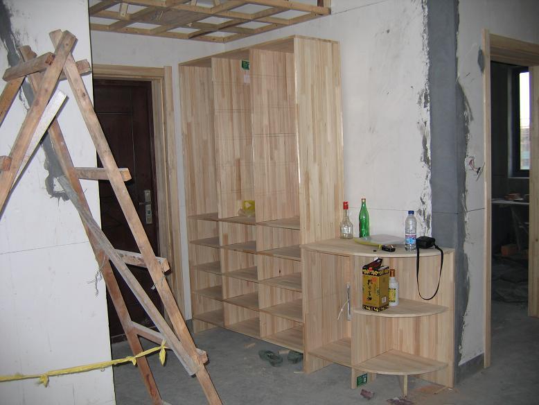 杉木板打的鞋柜和拐角柜图片