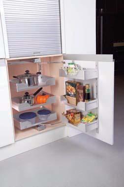 卫生间上传中 楼梯 墙面效果 家具 厨房已贴上