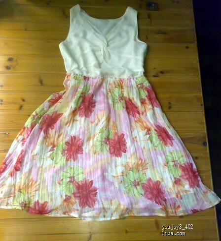 超低价转全新背带孕妇裙 ,孕妇裤,全新夏装连衣裙,春季格子背带裙