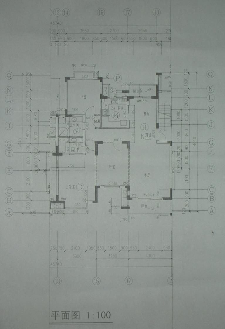 石头哥发表:刚交的房子,平面图如下,希望能设计成田园风格,哪位