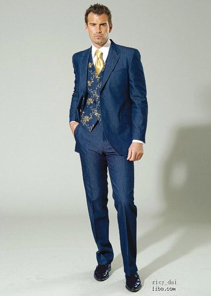 老公结婚当天的西装,衬衫,领带搭配