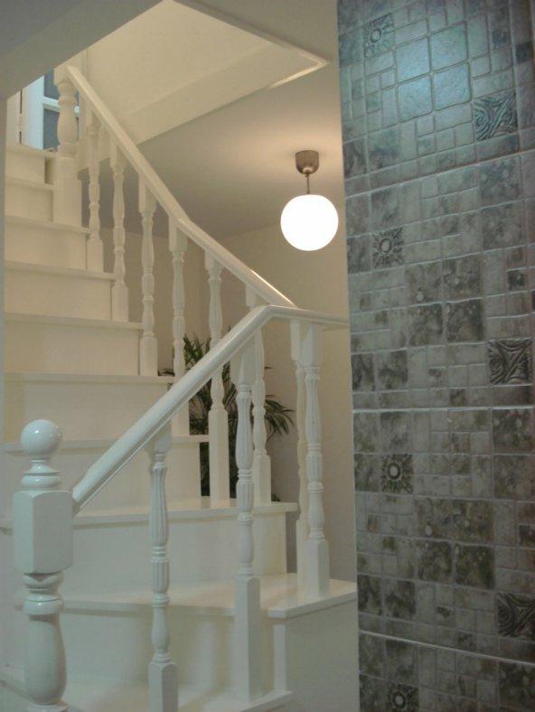 楼梯间鞋柜设计效果图