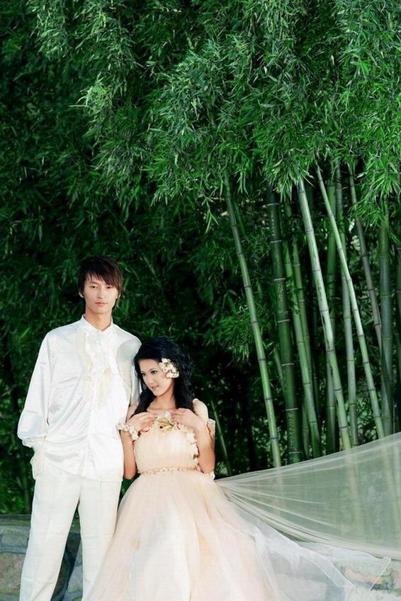 央视觉婚纱摄影_...师vicki 婚纱摄影CCTV模特大赛展示