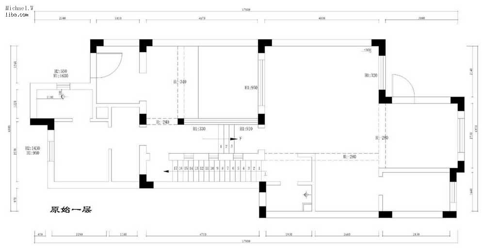 原始的一层结构图,楼梯很陡,想拆了换到天井去重建 .