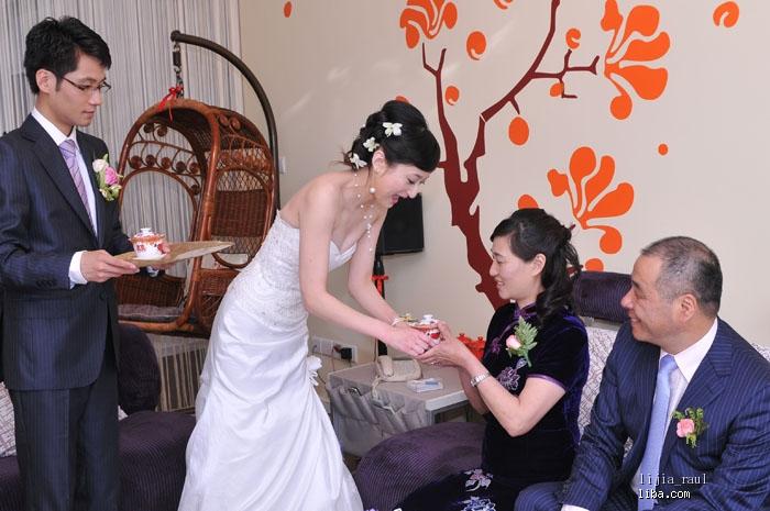 婚礼上婆婆发型