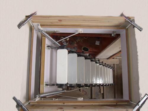 第9楼   这也是洞口从上往下看的效果   这里也发一张图片
