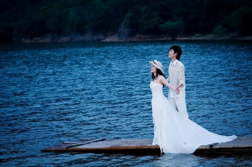 海边婚纱高清风景