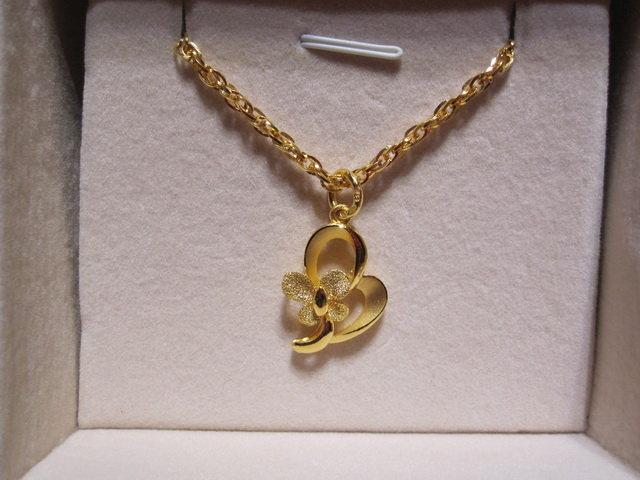 周生生黄金吊坠款式_周生生黄金手链饰品_周生生黄金手链饰品设计