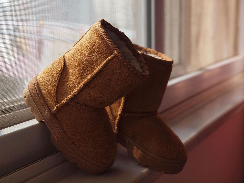 儿童雪地鞋-鞋码16 ,内长14cm,偏大的80转,不包运费可在七宝或者老闵行见面