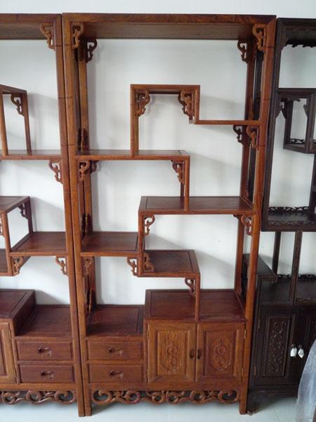 柜子是细木工板做的,两层板加在一起
