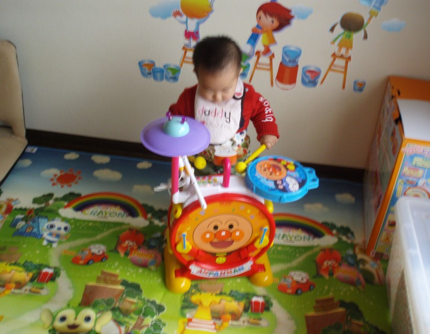 栋宝之衣食住行用品贴 P73栋宝的日本生活 P82面包玩具