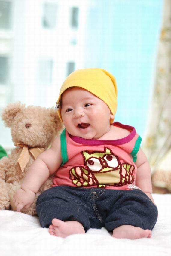 开心贴---宝宝的可爱笑容