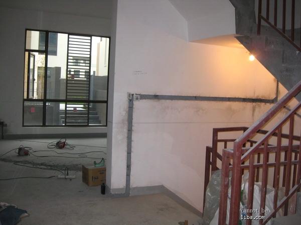 楼梯电路走线 实图