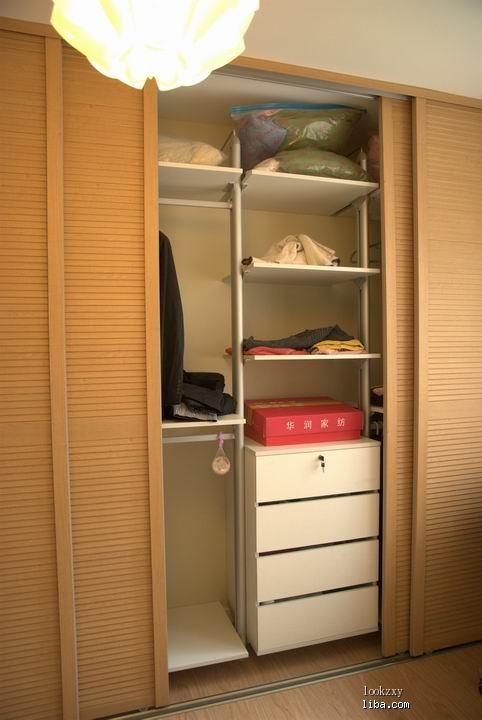 木制衣柜内部设计图