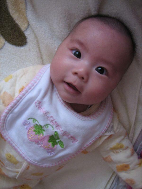 处女座的小菲菲,爱笑的宝宝最可爱!