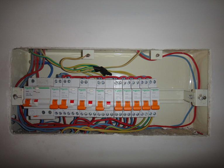 强电不平衡装置接线图