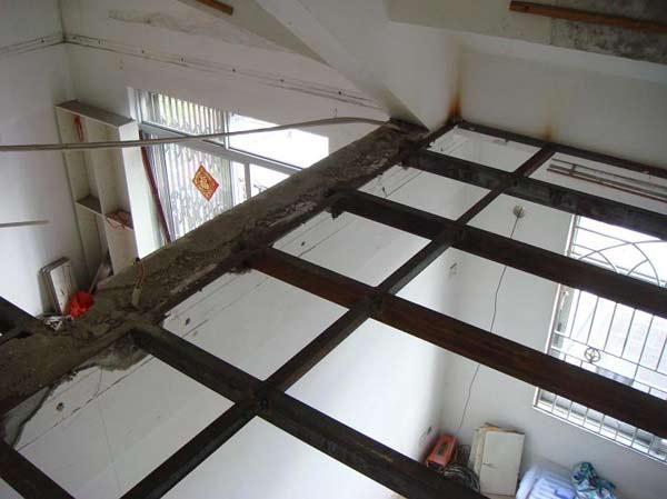 槽钢现浇阳台图片