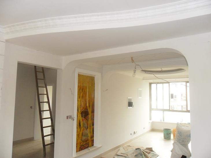 白色门白色门套白色家具,墙壁一般涂什么颜色好看,最好附上图
