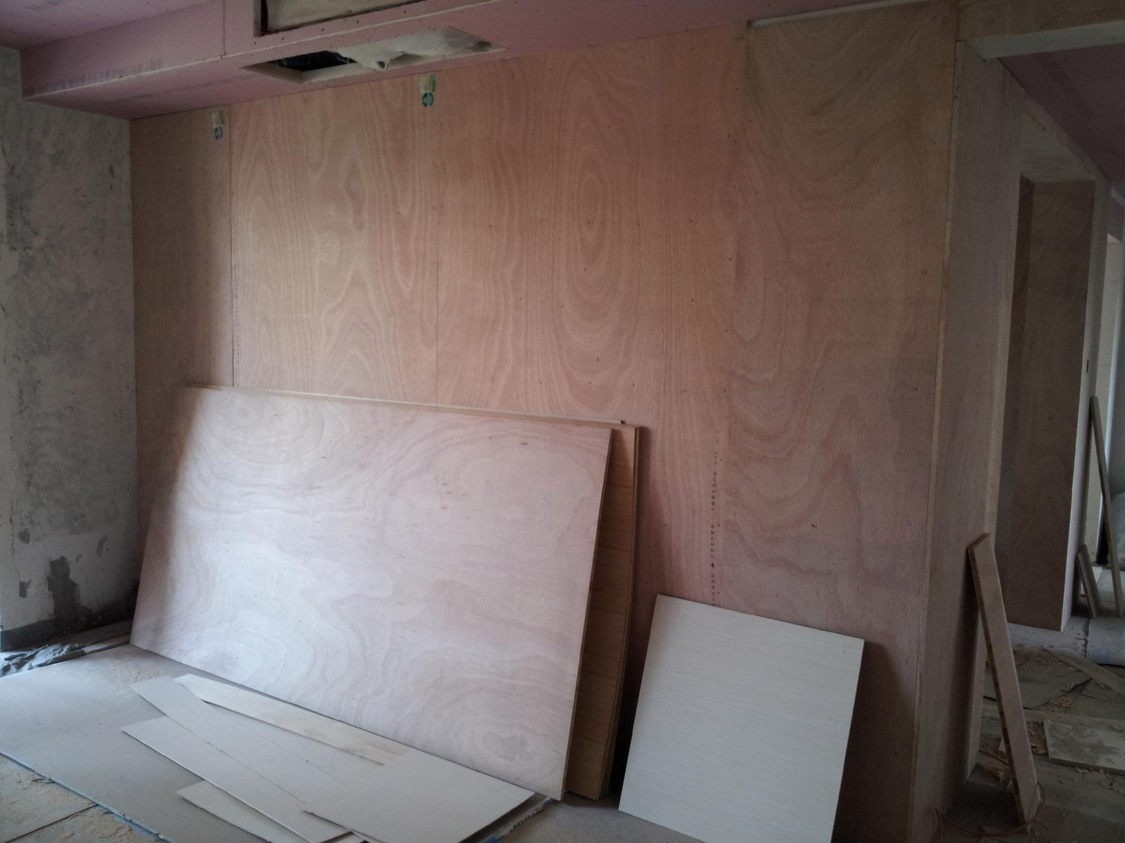 沙发背景墙的木工打底
