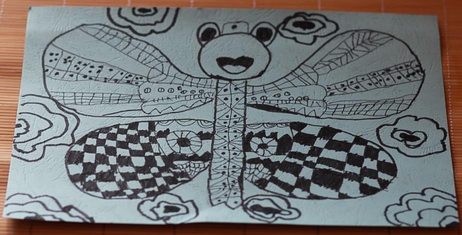 主题:女儿暑期绘画作业!现在幼儿园大班啦!