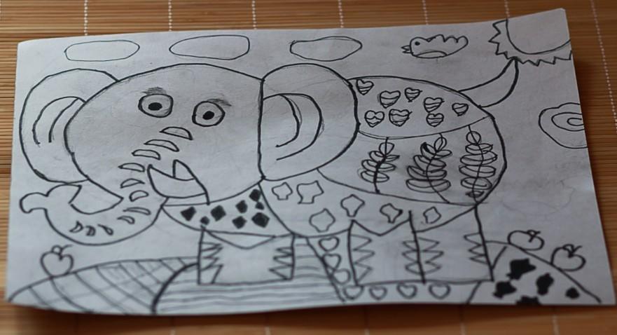 女儿暑期绘画作业!现在幼儿园大班啦!