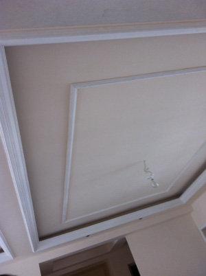 阳台吊顶用石膏线条走边好吗