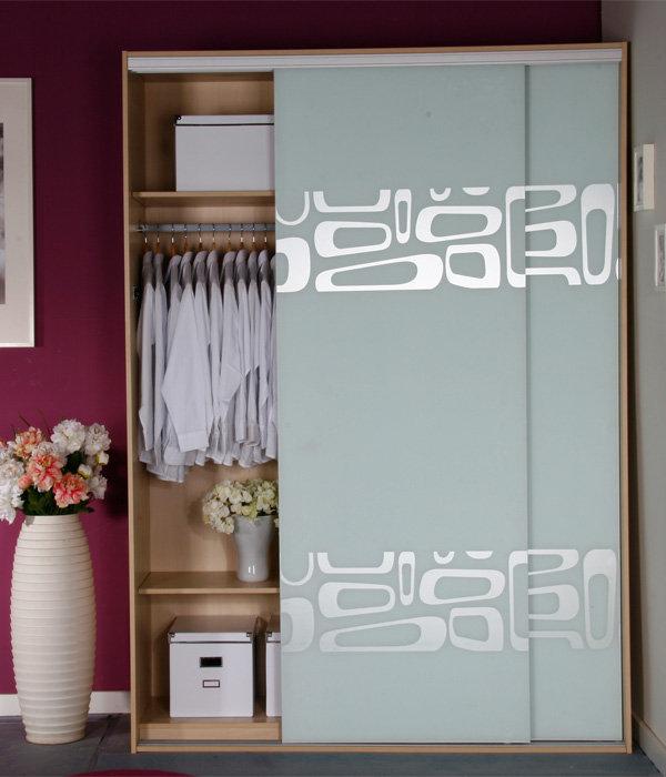 转让香港欧梦衣柜和一个儿童实木免漆床