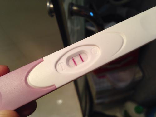 验孕棒两条杠-这是好孕了吗图片