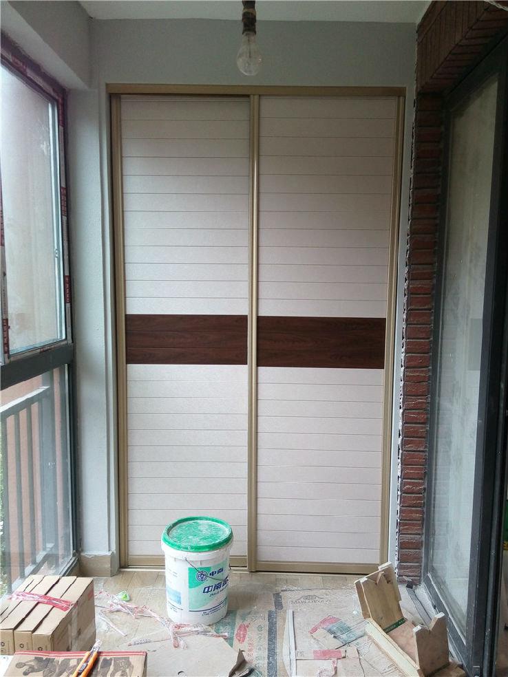 衣柜轨道门安装图 衣柜滑门轨道如何安装