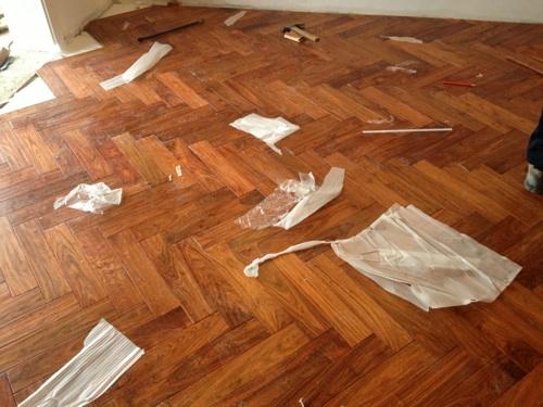 水地暖能铺实木地板吗?