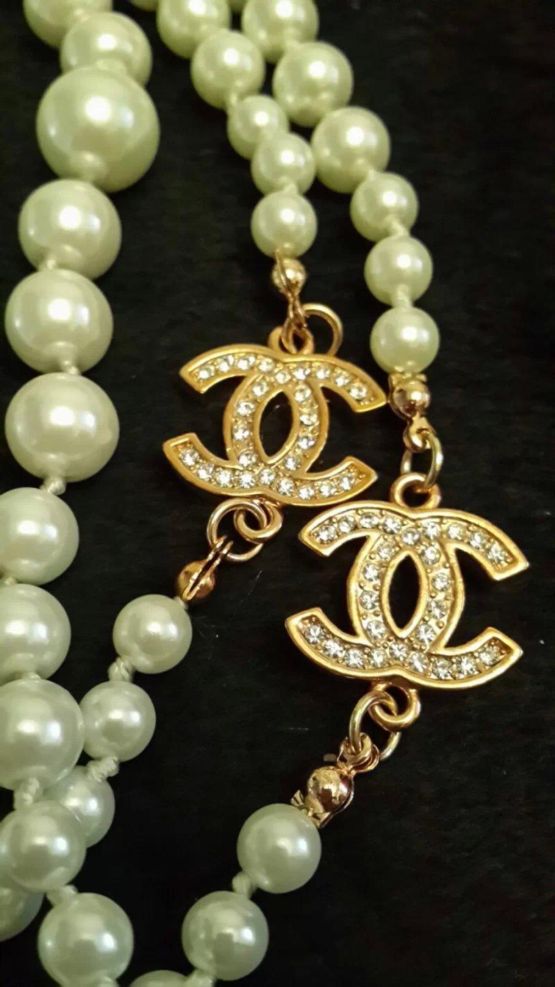 转COACH手镯,天然珍珠项链,蜜蜡手链,香奈儿项链耳环,老凤祥925手镯,玉髓手镯